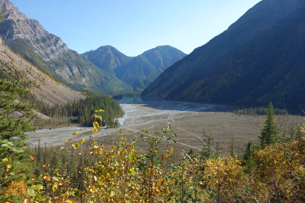 Looking Back at the Plains of Kinney Lake